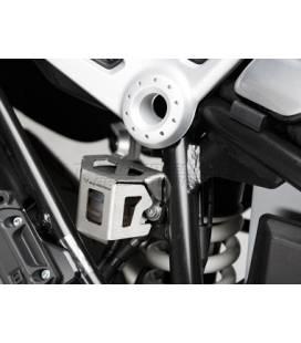 Protection réservoir liquide frein alu Nine T